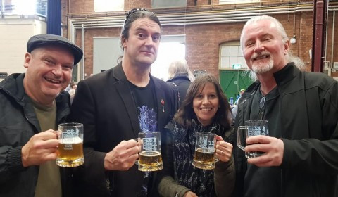 Mr Shed, Mike, Liz & Rob enjoying a beer